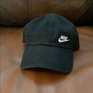 Women's black Nike hat!